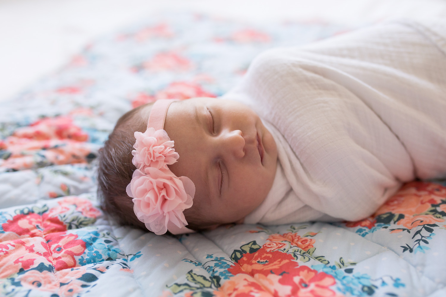 newborn photographer, leavenworth, kansas